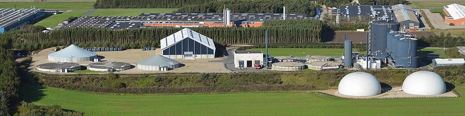 Biogas Lemvig berkapasitas 0,7 MW di kota Lemvig, Denmark (sumber gambar: www.lemvigbiogas.com)